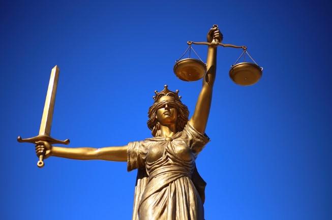 consultar un abogado