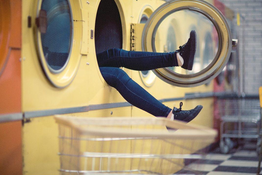 lavar prendas en casa