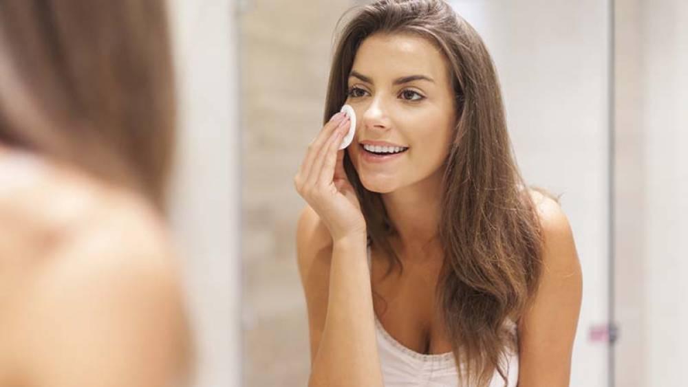 Preparar la piel para el maquillaje
